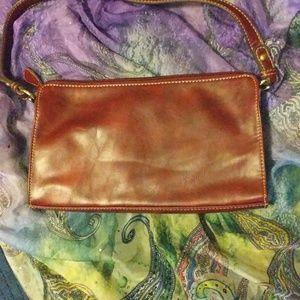 Liz Claiborne Bags - Vintage Liz Claiborne clutch bag